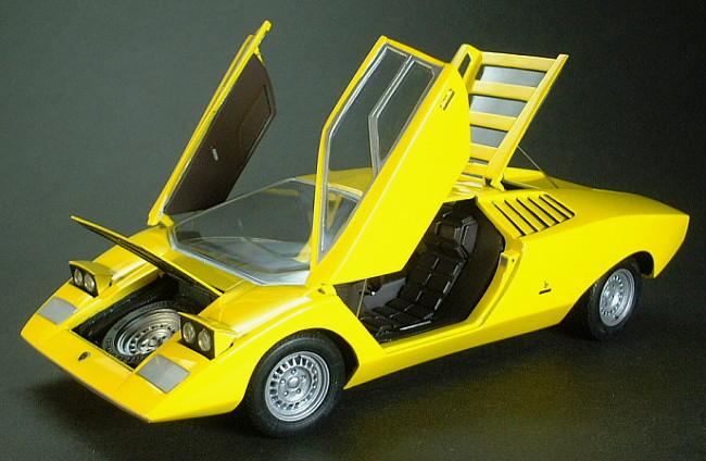 1 24 Scale Lamborghini Countach Lp500 Prototype Open The All Doors